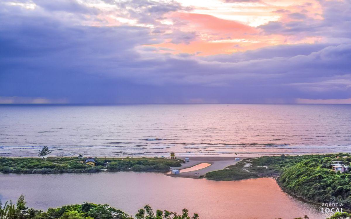 Praia do Rosa Lagoa do Meio